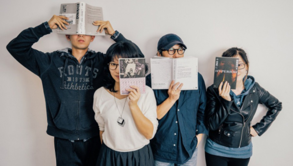 《The Affairs 週刊編集》編輯部成員:(左起)張亭筠、林鈺雯、李取中、瞿澄。