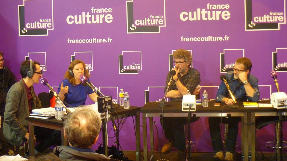 法國廣播電台France Culture在巴黎書展現場錄製節目(攝影:高竹馨)