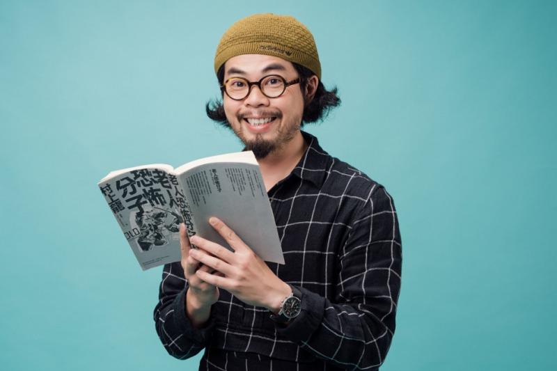 奇哥:「我的2017年度好書是村上龍的《老人恐怖分子》,那你的呢?」