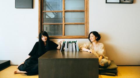 作家鍾文音(左)與大田出版社總編輯莊培園