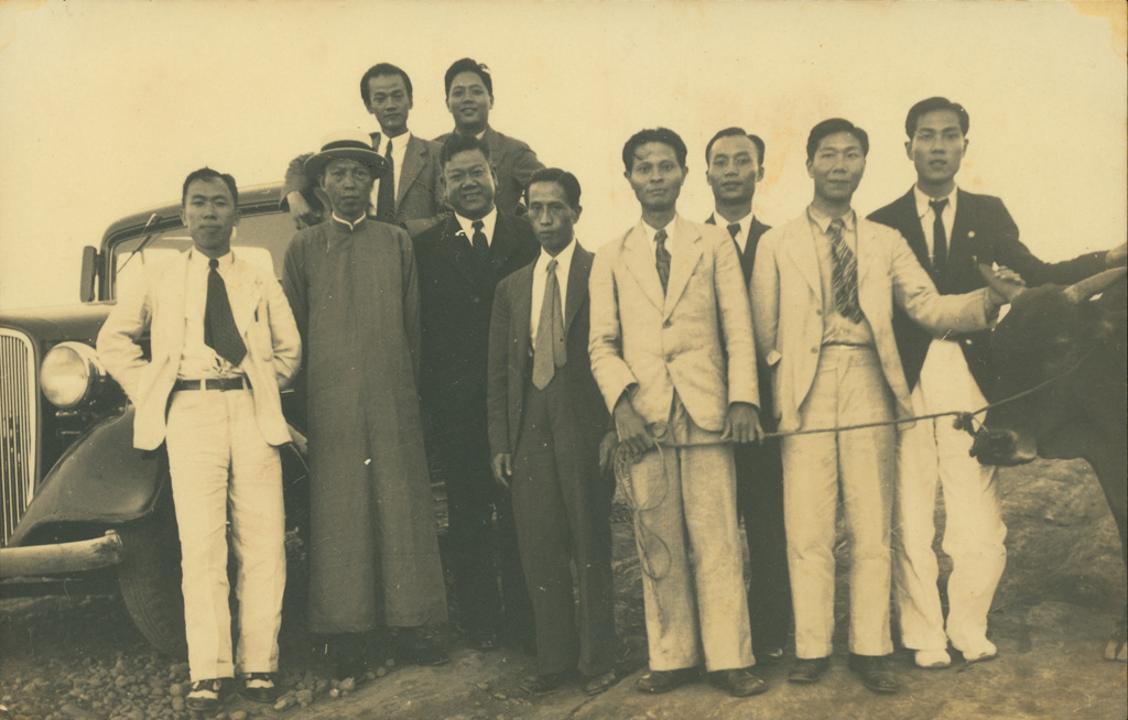 1937_tai-iong_art_exhibition_artists_and_supporters.jpg